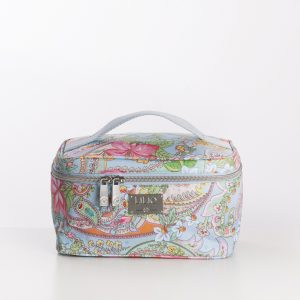 medium beauty case blue paisley